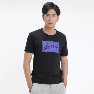 Áo T-shirt Nam in chữ Delta TS099M0