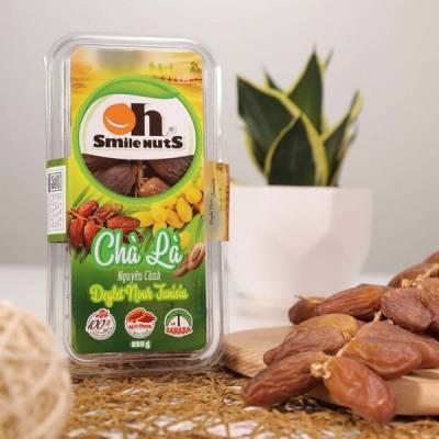 Chà Là Nguyên Cành Deglet Nour Smile Nuts Hộp 250g - Nhập Khẩu Từ Tunisia