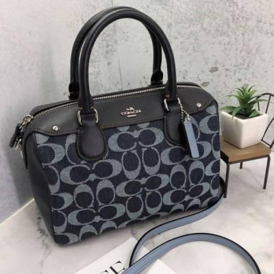 Túi xách nữ thời trang hàng hiệu COACH F57619